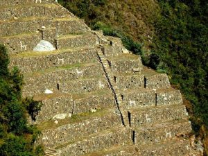 LLAMAS OF CHOQUEQUIRAO LUXURY TREK CUSCO